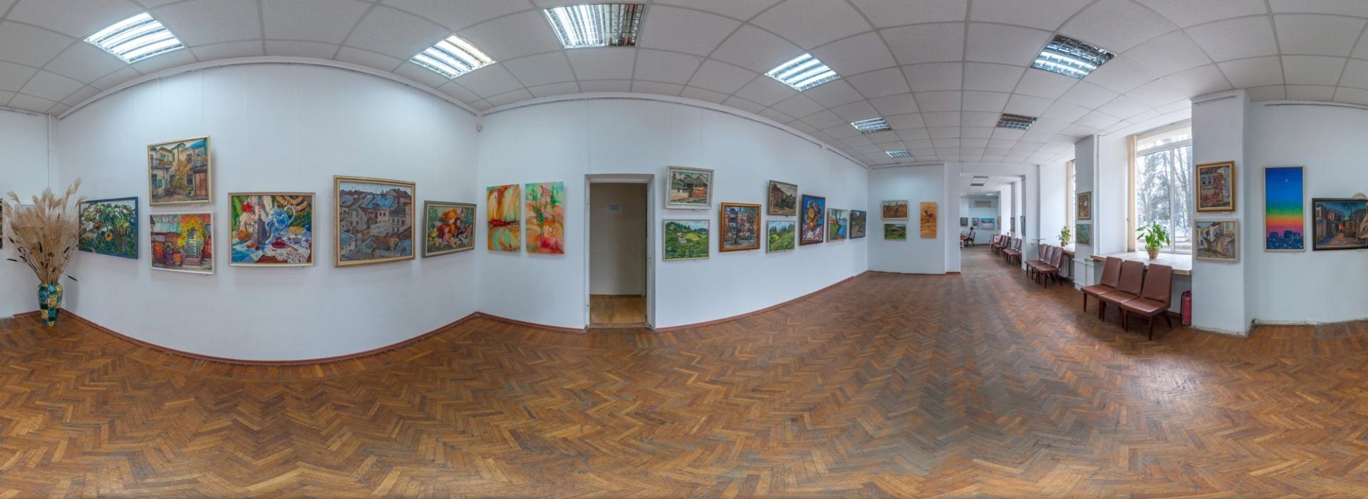 Выставка художницы Оксаны Оснач