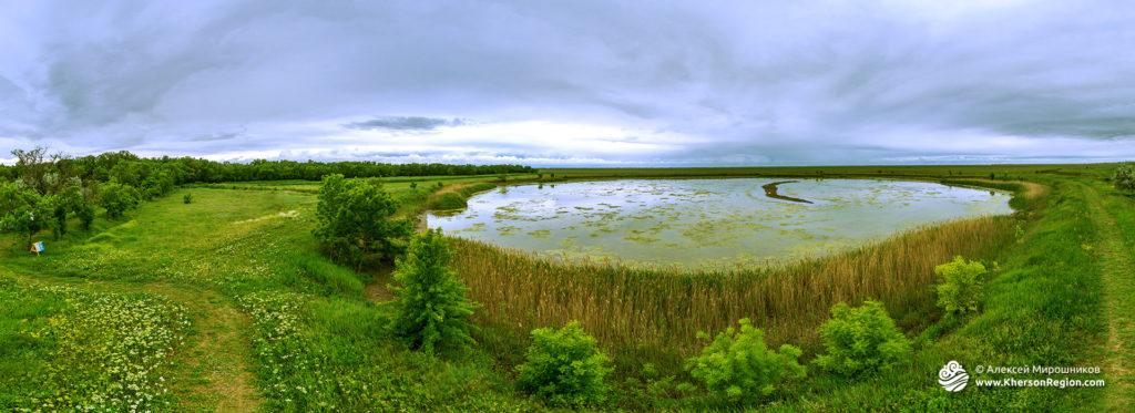 Аскания Нова — озеро